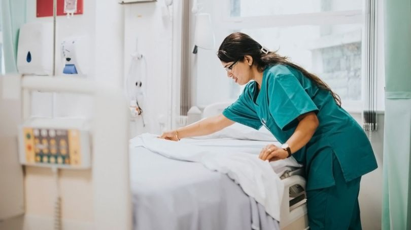 Lit - Hôpital - 1