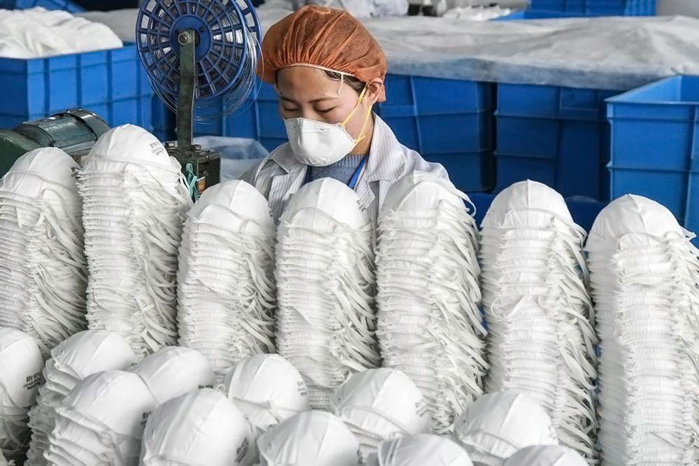 Coronavirus : en Chine, une cargaison de masques destinés à la France détournées par les Américains