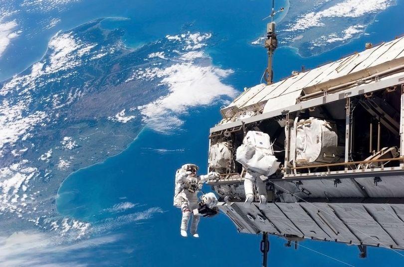 Astronaute - 2