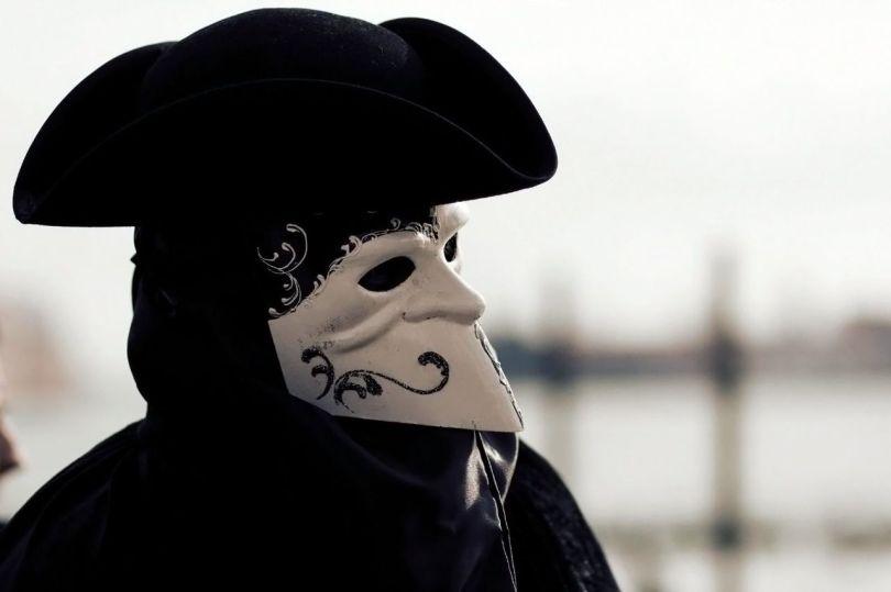 Masque - 2