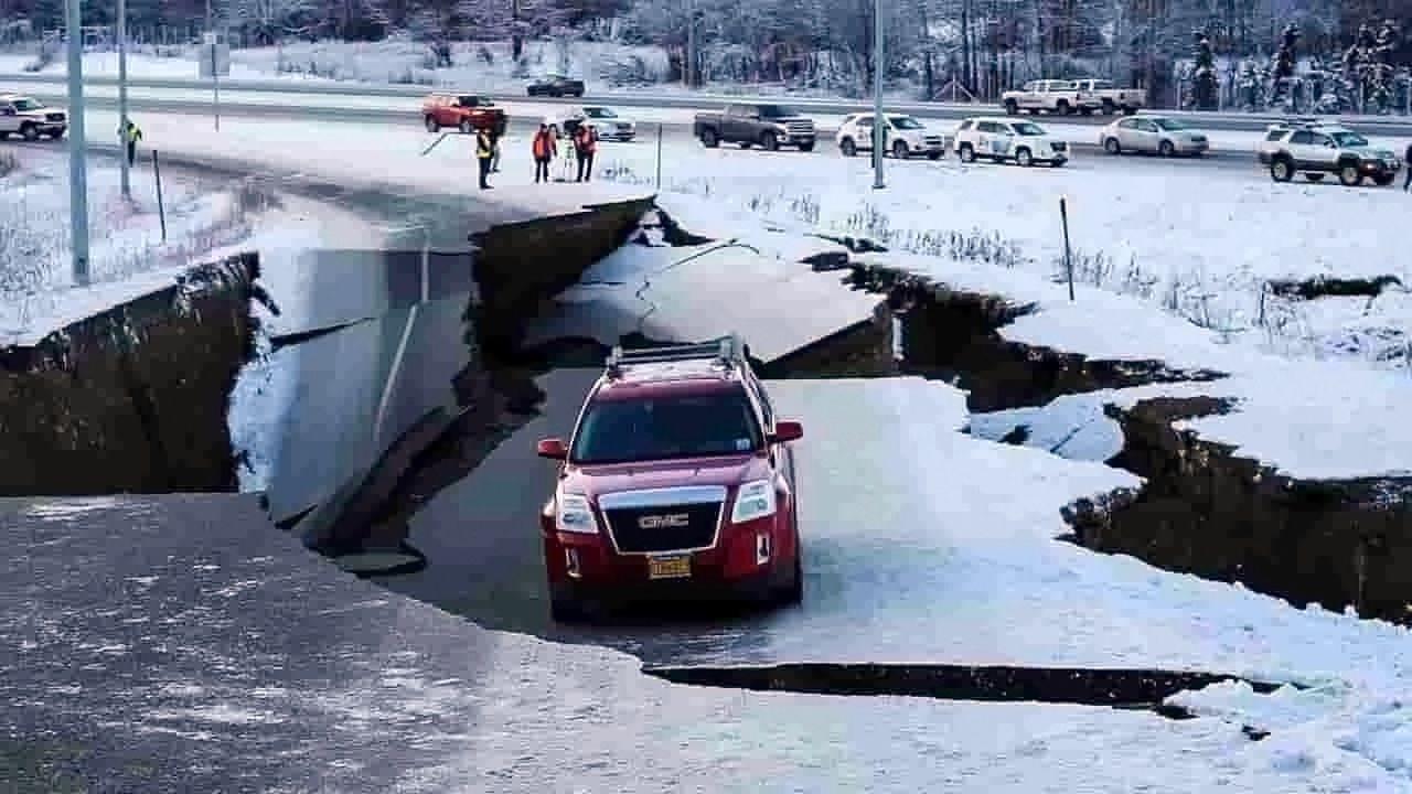 Alaska : alerte au tsunami déclenchée après un séisme de magnitude 7,5 [Vidéos]