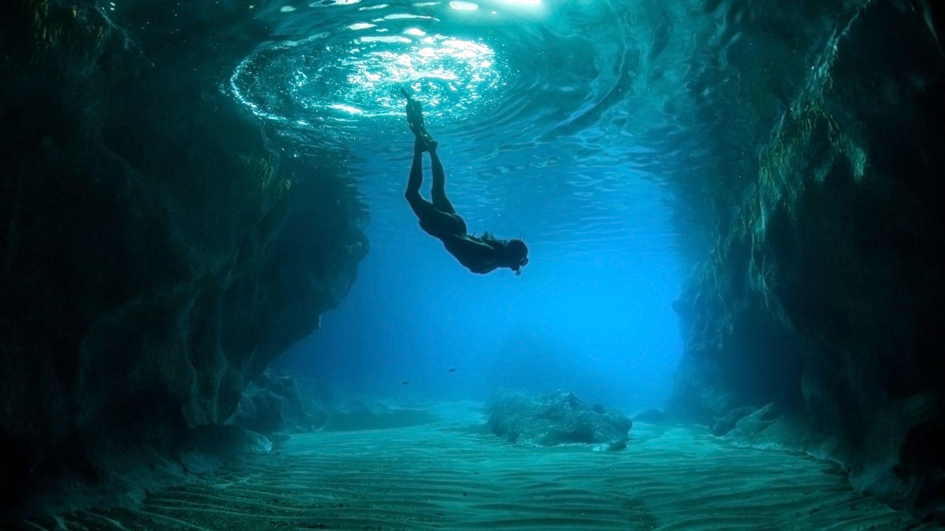 Comment rester en vie longtemps sous l'eau ? Survivre aux grandes profondeurs [Vidéos]
